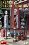 MINIART 1/35 FRENCH PETROL STATION